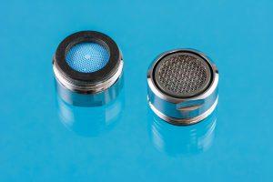 Cuatro beneficios de utilizar reguladores de caudal y aireadores para grifos